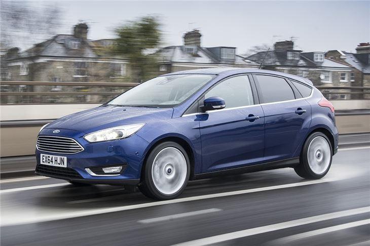 Ford_Focus_2014_(6)